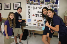 Middle School Students Seek out extracurricular opportunities at Club Fair