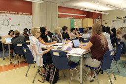 Lower School Teachers Receive Training on Thinking Maps