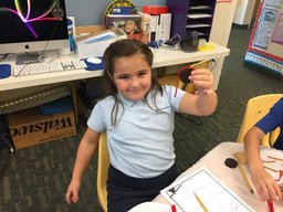 First Grade Students Use Snacks to learn how simple machines work